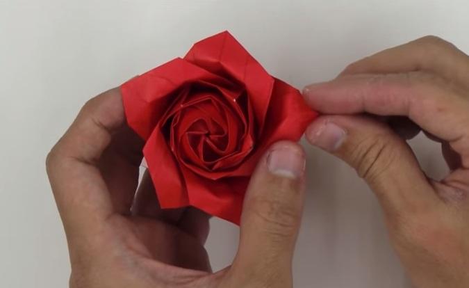 Hoa hồng giấy Origami kiểu mới - bước 4
