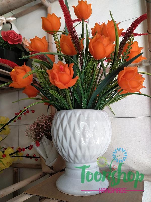 Bình hoa Tulip đá màu cam 01