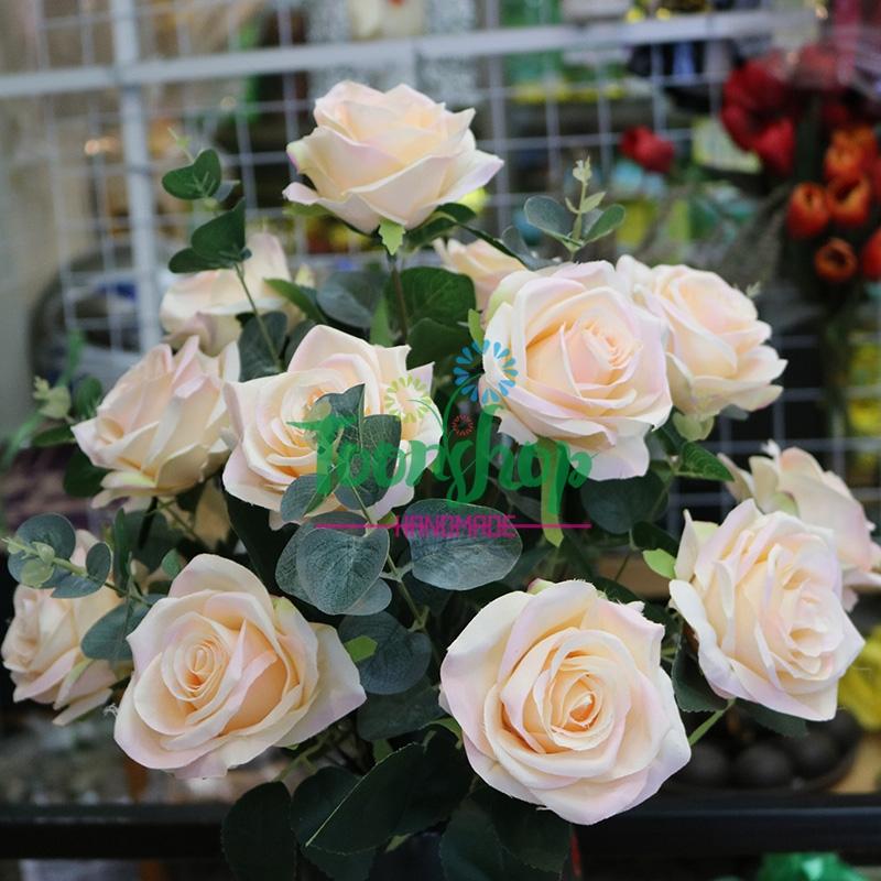 Bình hoa hồng Bốn Mùa Yêu Thương