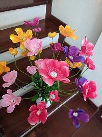 Lọ hoa con bướm xuân 02
